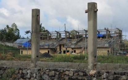 Proyek Stadion Kawangkoan Lambat Dikerjakan