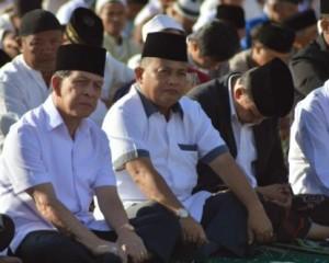 Gubernur Sulut Hadiri Sholat Ied di Tikala