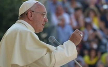 Paus Fransiskus: Sekitar 2 Persen Imam Paedofil