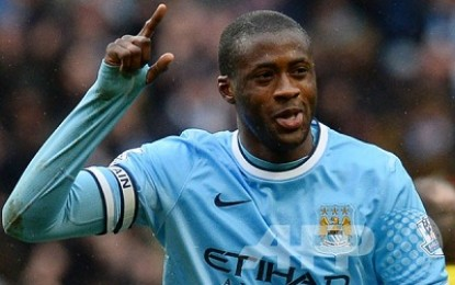 Toure bertahan di City