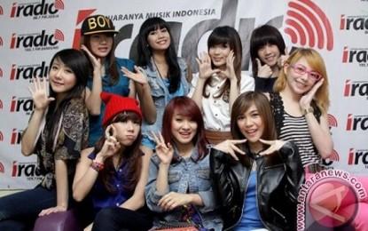 "Cherrybelle ""reborn"" hipnotis penggemar di Semarang"