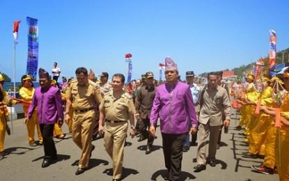 Gubernur Buka Festival Sangihe 2014