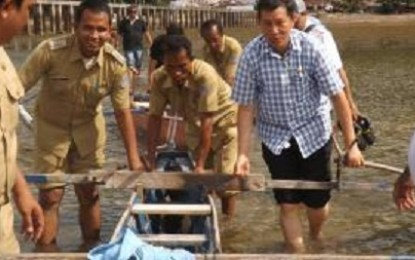 Dari Pulau Manado Tua, Walikota Lumentut Sapa Warga Manado