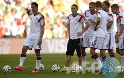 Polandia Cukur Jerman 2-0