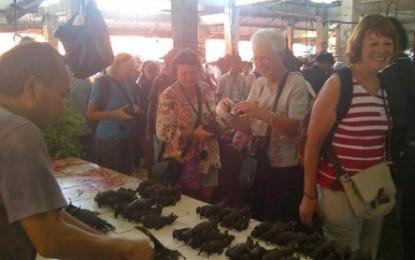 Festival Pasar Minahasa Dimatangkan