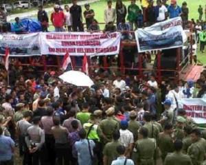 Protes Kebijakan Menteri Susi, Ribuan Nelayan Bitung Gelar Demo