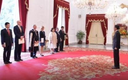 Jokowi Terima Dubes Baru Australia