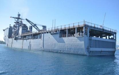 USS Rushmore Angkat Sauh dari Teluk Manado