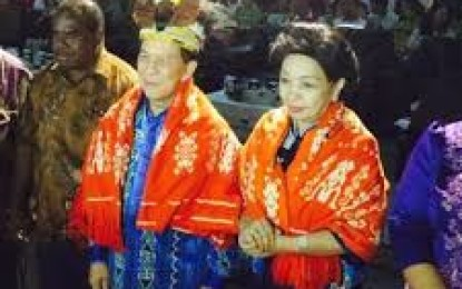 SHS Terima Gelar Suku Moi di Sorong