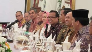 Presiden mengundang Para Rektor PTN Makan Malam di Istana.