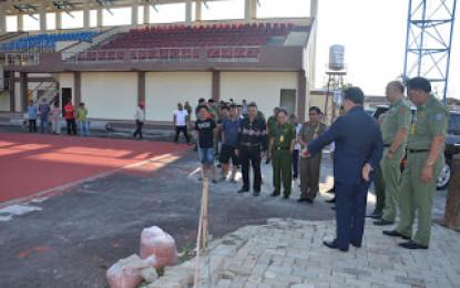 Gubernur Tinjau Stadion Olahraga Kawangkoan