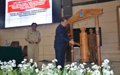 Gubernur Ingatkan PNS Harus Netral
