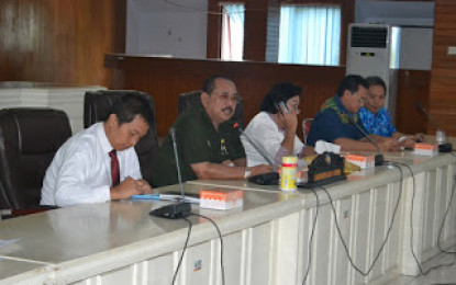 Humiang Pimpin Rapat TPID