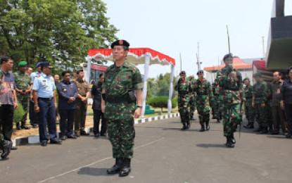 Sumarsono Hadiri Upacara Pengantar Purna Tugas SHS dan TNI