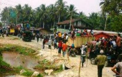 Ribuan Warga Korban Konflik Aceh Mengungsi