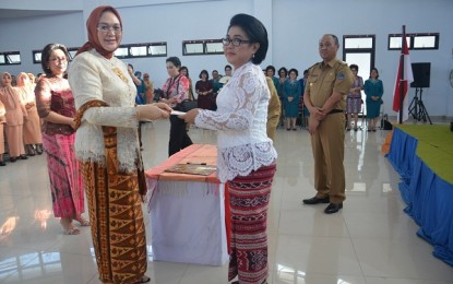 Ny Sumarsono Lantik Ketua TP PKK Kabupaten Boltim