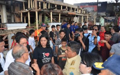 Korban Kebakaran Rumah Jalan Siswa, Mendapat Bantuan Dari  Gubernur