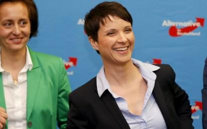Partai Anti-Pengungsi Masuk Parlemen, Partainya Merkel Terpuruk