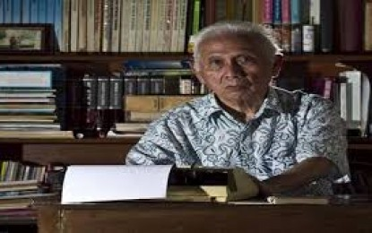 Indonesia Kehilangan Pakar Bahasa dan sastra, Jususf Sjarif Badudu Kembali Kehadirat ALLLAH