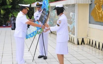 Peringati HUT ke 71 TNI AL, Lantamal VIII Manado Ziarah di TMP Kairagi