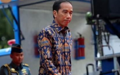 Presiden Joko Widodo bersama Ibu Negara Bertolak ke Manado