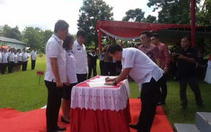 Wagub Kandouw Kembali Lantik 422 Pejabat  Administrator dan Pengawas