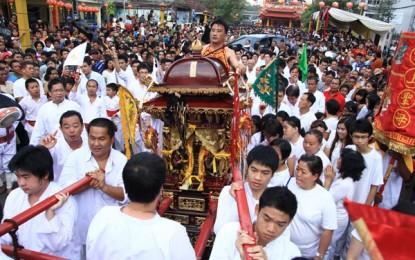 Perayaan Cap Go Meh Manado Meriah