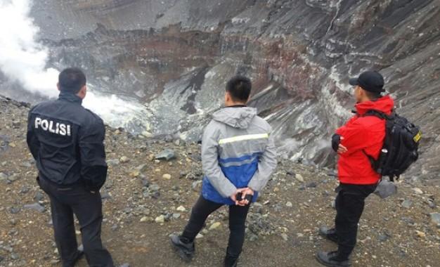 David si Pendaki Lokon, Ditemukan Tewas di Kawah Gunung