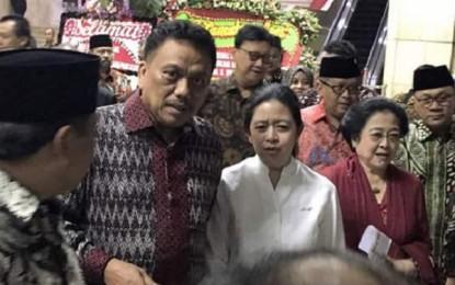 Gubernur Dondokambey Dampingi Megawati di Haul Bung Karno