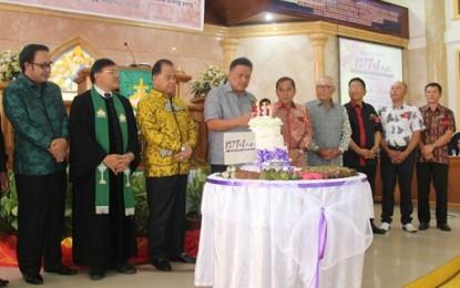 Gubernur Ajak Jemaat GMIM Siloam Tonsea Lama untuk Terus Melayani