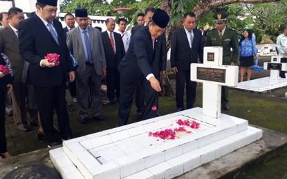 Jelang 17 Agustus, Pemkot Manado Berziarah ke TMP Kairagi