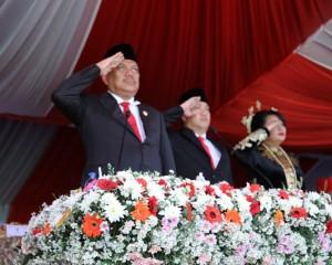 Gubernur Olly Dondokambey Inspektur Upacara Bendera Peringati HUT Ke-53 Provinsi Sulut
