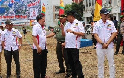 Walikota Manado Hadiri Kejuaraan Internasional Terjun Payung di Marina Plaza