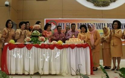 Gubernur Minta Dharma Wanita Terus Berkarya Guna Peningkatan Ekonomi Keluarga