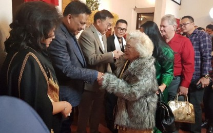 Gubernur Sulut dan Istri Ibadah Natal di GMIM Fontana California
