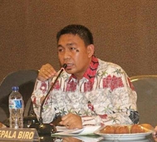 Plt. Kepala Biro Protokol, Kerjasama dan Komunikasi Publik Setdaprov Sulawesi Utara Clay June Dondokambey, S.STP, MAP
