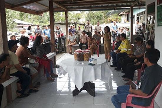 Pertemuan antara warga dengan pihak PT MSM/PT TTN