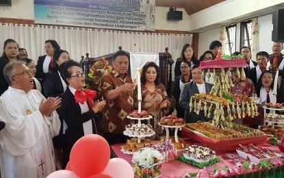 Jemaat GMIM Bukit Moria Kolongan Daulat Olly Dondokambey jadi Ketua Komisi Pembangunan