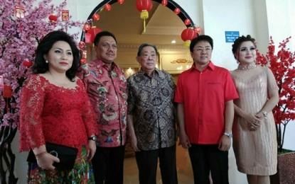 ODSK Kunjungi Kediaman Ketua DPRD Sulut Andrei Angouw saat Imlek 2569