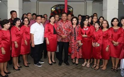 Gubernur Sulut Hadiri HUT ke 19 Jemaat Lotta Pineleng