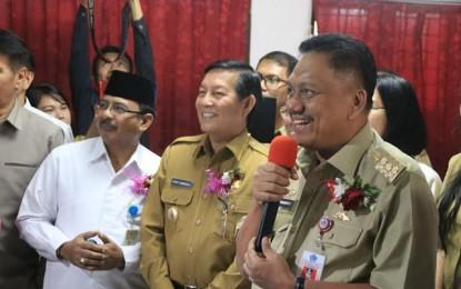 Walikota GSVL Dampingi Gubernur Sulut Launching UNBK SMA di Manado