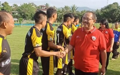 Wakili Gubernur Sulut, Humiang Buka Liga Pekerja di Stadion Klabat
