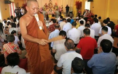Wawali Mor Bastiaan Apresiasi Peranserta Umat Buddha di Manado