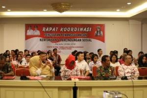 Salah satu forum yang membahas tentang kemiskinan yang digelar Pemprov Sulut