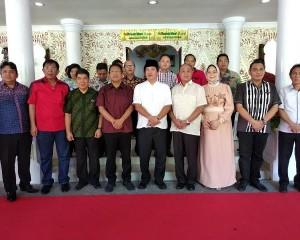 Wagub Kandouw Bersilaturahmi dengan Tokoh Muslim di Manado dan BMR