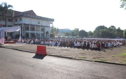 Sholat Idul Fitri di Mapolda Sulut Berjalan Khidmat dan Aman