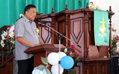 Hadiri Hut Ke-22 Jemaat GMIM Bukit Zaitun Kalawat, Gubernur Olly Ingatkan Untuk Saling Membantu Sesama