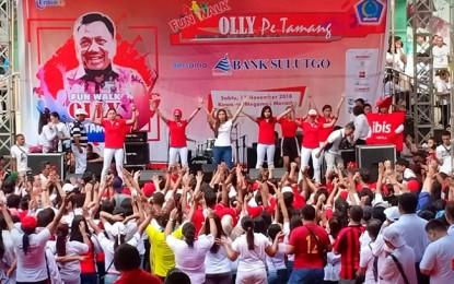 "Ribuan ""Olly Pe Tamanag "" Meraihkan Fun Walk di Megamas Manado"
