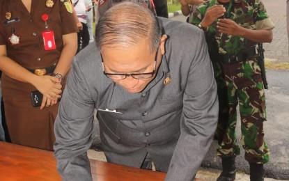 Sekot Lolowang Hadiri Apel Ops Lilin Samrat Polres Tomohon Yahoo / Email Masuk