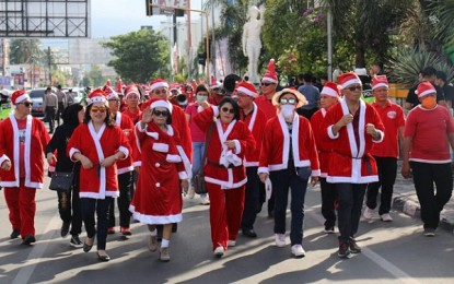 Semarak Parade Santa Klaus Buka Rangkaian Sulut Christms Festival 2018